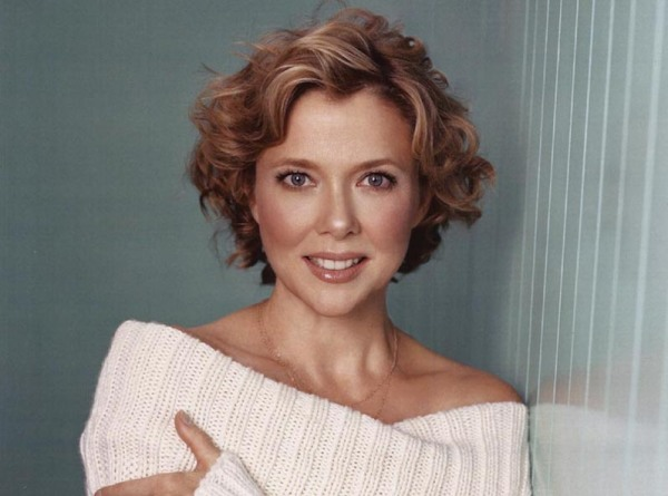 annette-bening white sweater